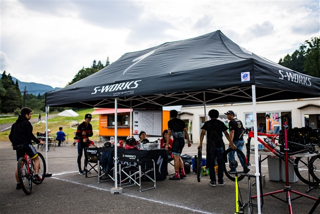 2018年 SPECIALIZED RACING JAPAN & S-LOUNGE始動!